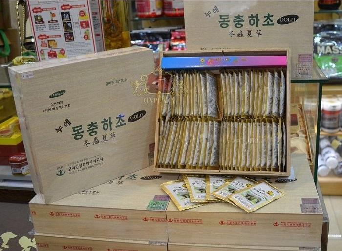 Nước đông trùng hạ thảo Samsung Hàn Quốc hộp gỗ 60 gói